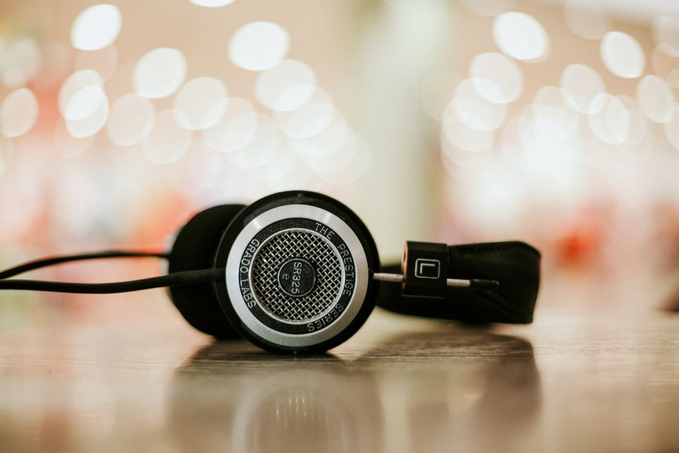 13 Podcasts I Recommend To You