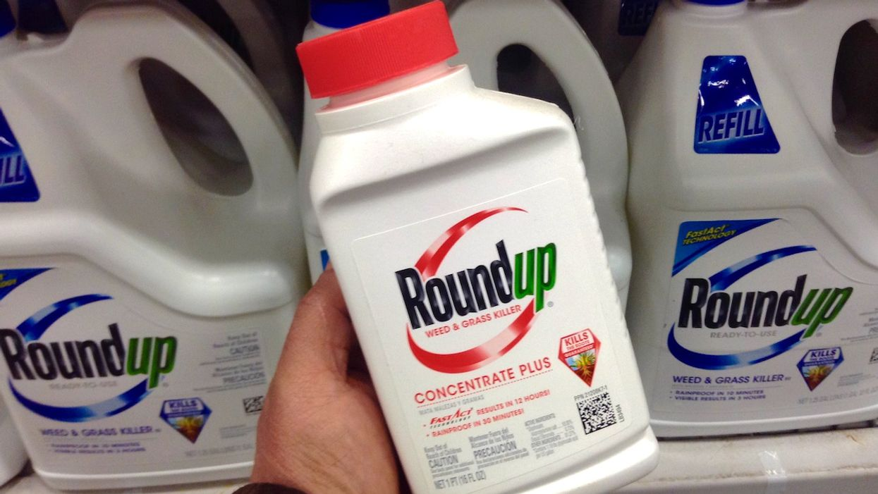 Bayer Settles Roundup Cancer Suits for Over $10 Billion