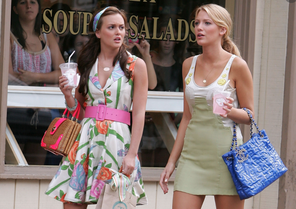 10 Unanswered Questions From 'Gossip Girl' We Are Still Dying To Know