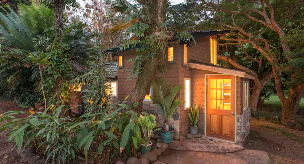 You Can Rent Kevin Jonas' New Jersey Home On Airbnb, Along With All These Other Celeb Pads