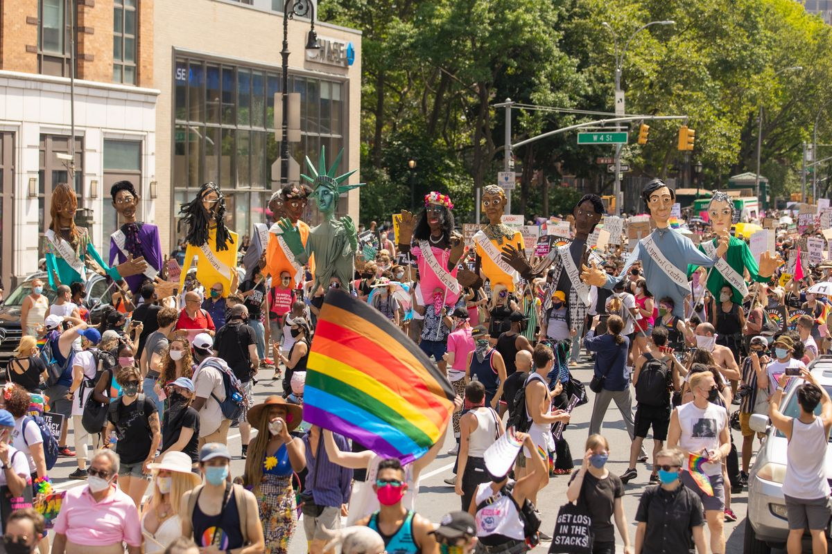 35+ Photos From NYC's Queer Liberation March