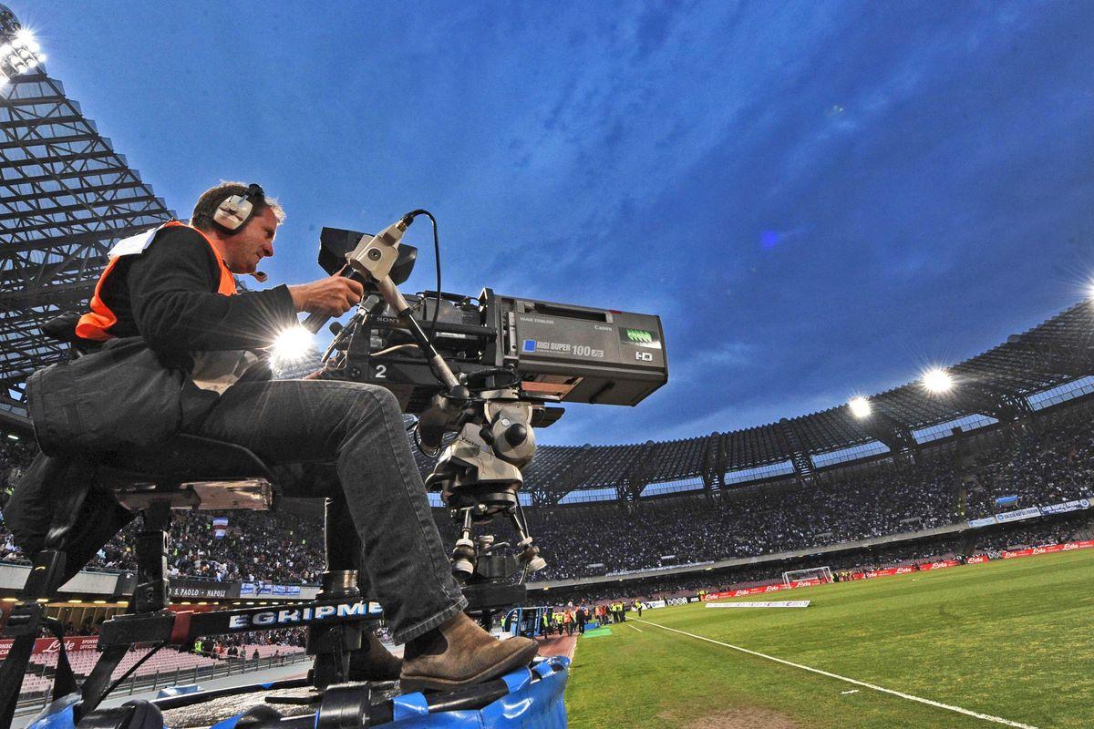 Sfida fra corazzate per i diritti tv del calcio