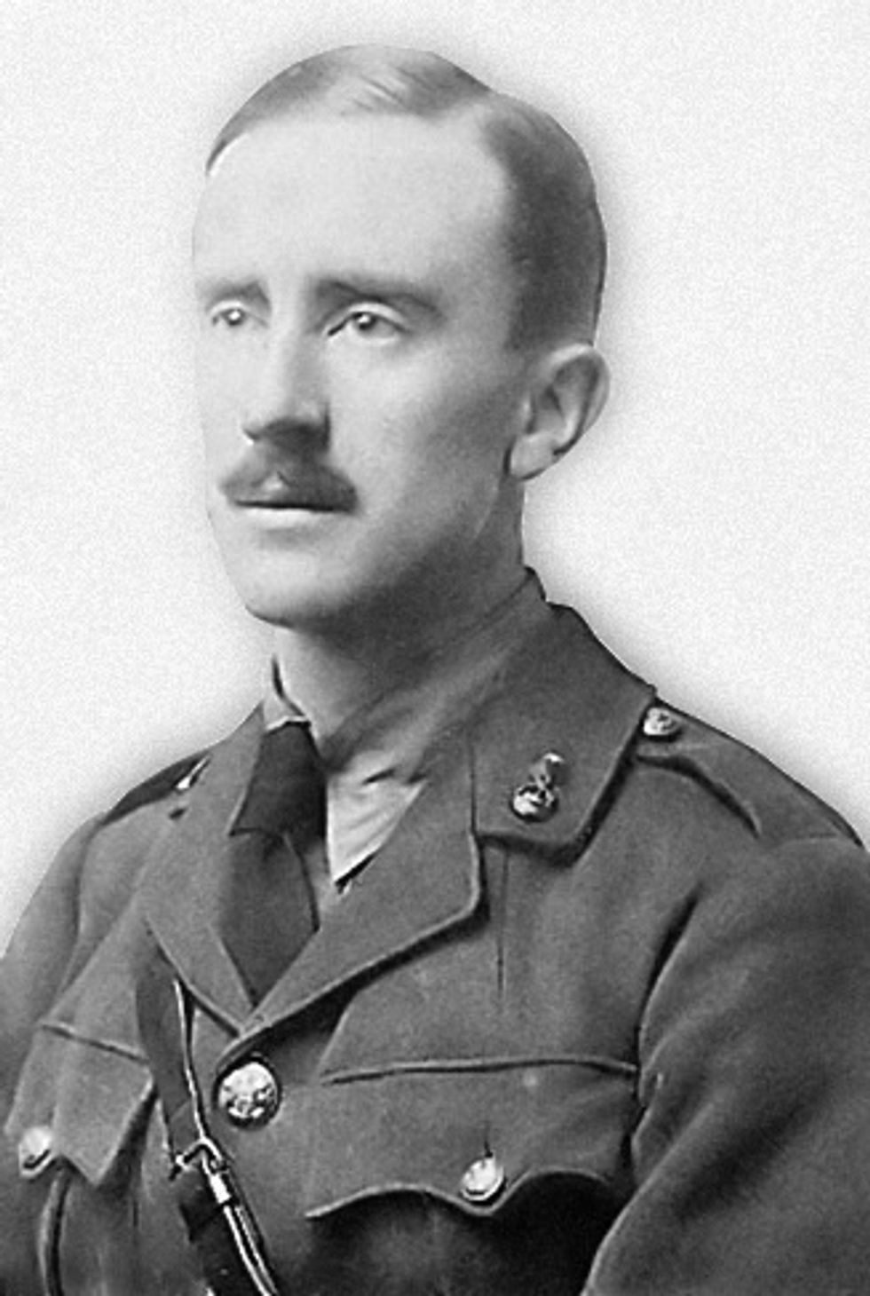 "Image based on a photograph of J. R. R. Tolkien in army uniform (taken in 1916, when Tolkien was aged 24). This image is a digitally modified version with cut-out contours, added gradient ""shadow"" around the contours, and noise reduction."