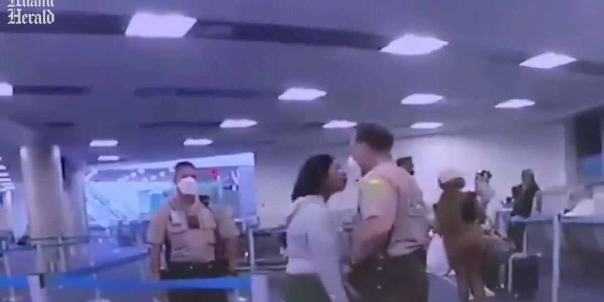 Outrage erupts after black cop hits black woman in her face. Video shows her race-baiting him just seconds before.