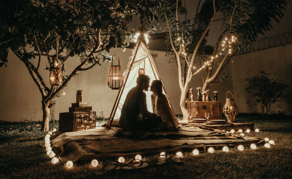 11 Backyard Date Ideas For Some Summer Lovin' While Social Distancing