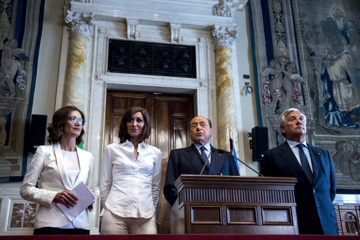 Giuseppi alle corde tende una mano a Fi. Berlusconi nicchia, pressing sui suoi