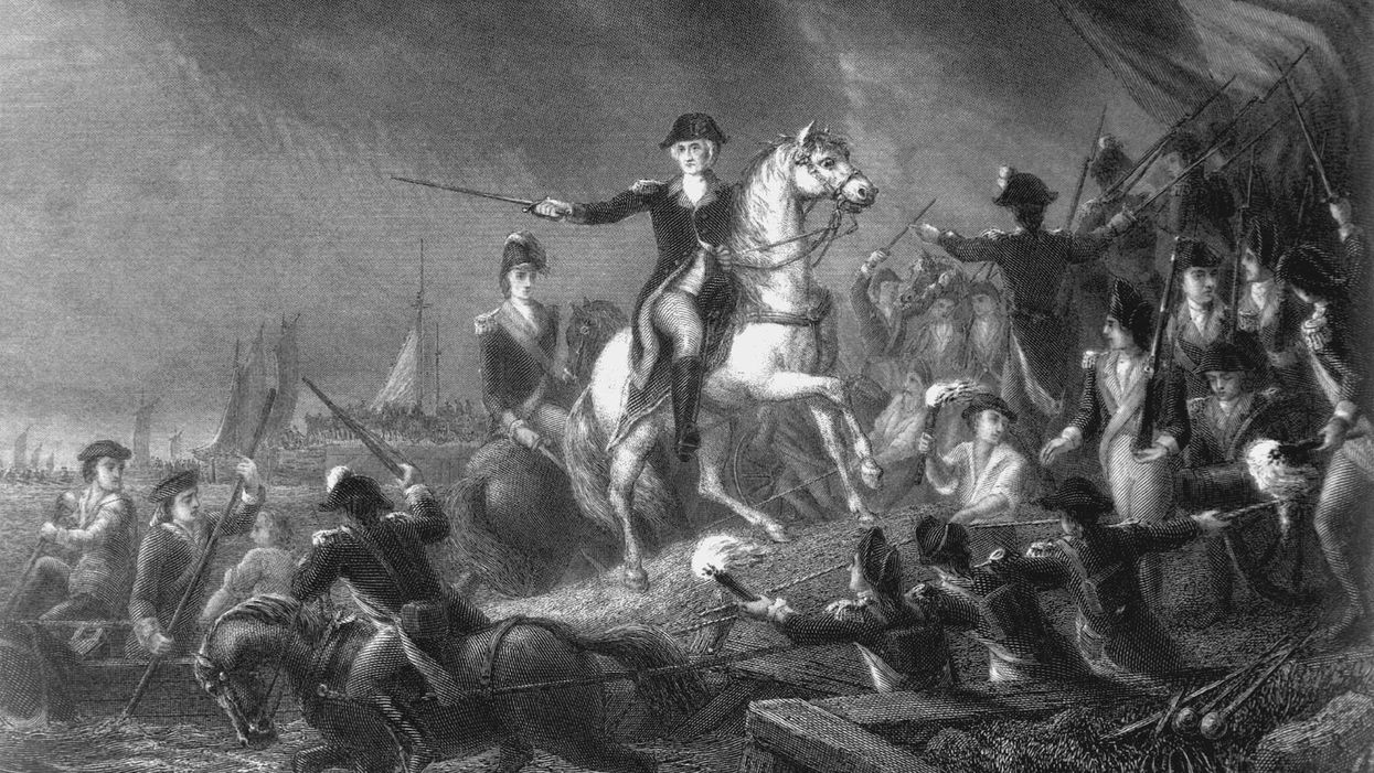 British forces capture New York; Washington lucky to escape with Continental Army intact