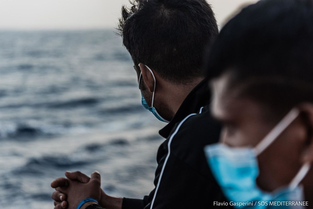 Italia presa in giro da Francia e Ong. Rischio sbarchi dai Paesi più infetti