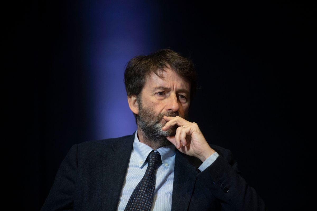 Franceschini dirotta i fondi dell'editoria al cinema