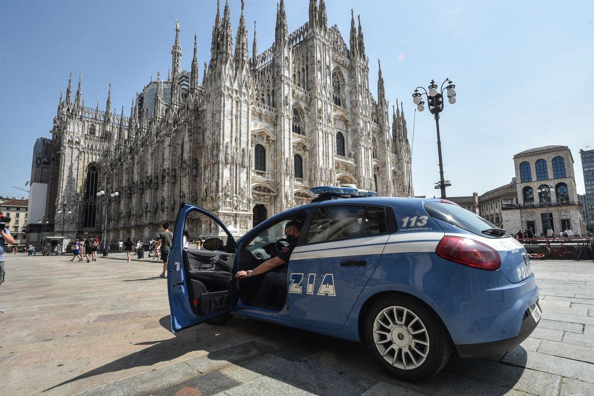 Egiziano con un'arma entra indisturbato nel Duomo di Milano