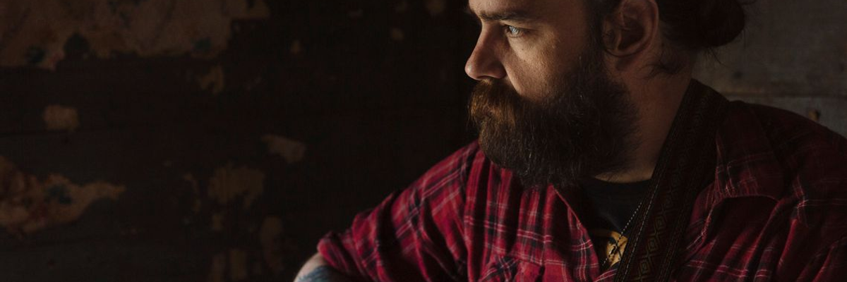 Arlo McKinley's Confessional Country/Folk Is Superb on 'Die Midwestern'