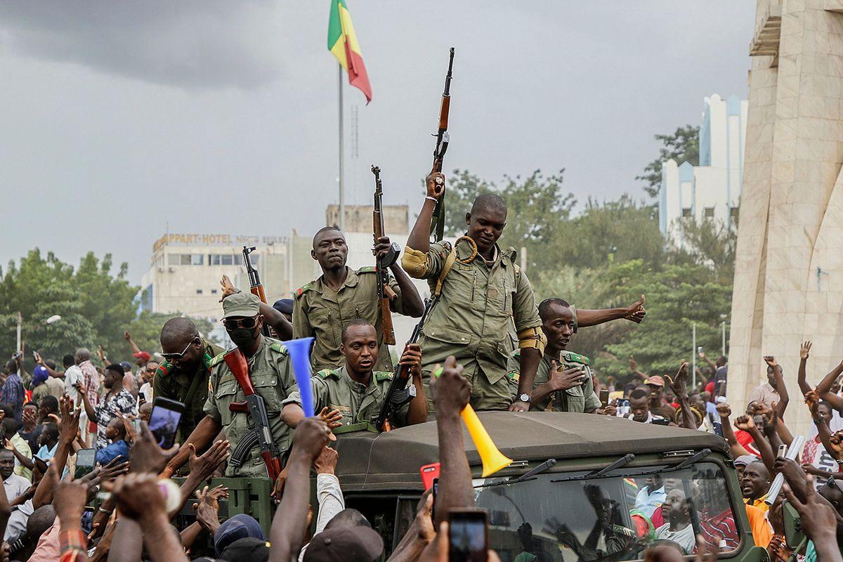La manina di Putin nel golpe in Mali per arginare le mire di Francia e Cina