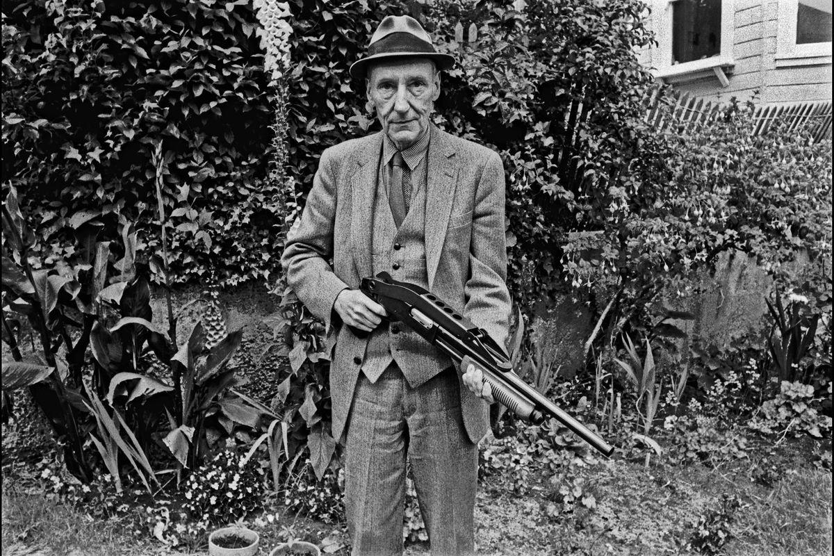 E Burroughs sparò sull'islam radicale: «Religione di barbari indietro di mille anni»