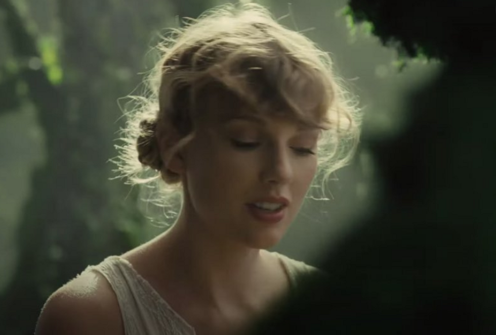 Swifties, Here Is What 'Folklore' Song You Should Listen To Based On Your Enneagram Type