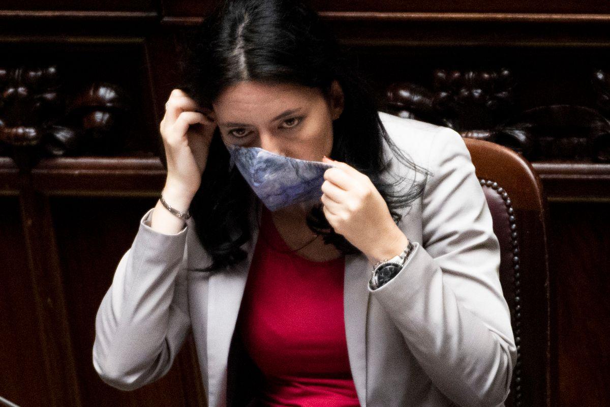 L'ultimo disastro del ministro Azzolina. Altro che vittima, è solo una incapace