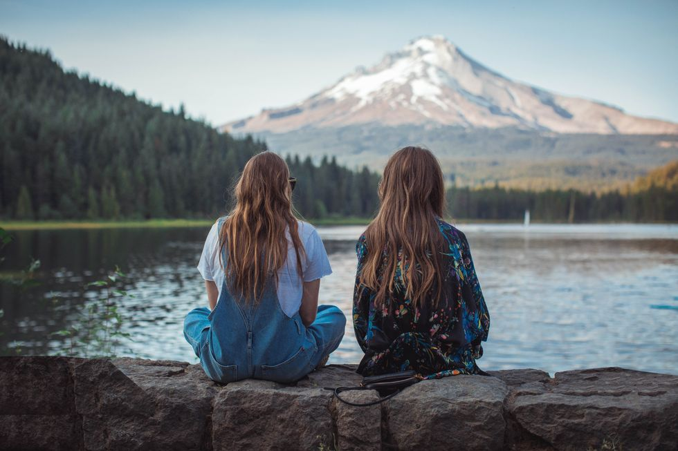 3 Positive Affirmations For My Younger Sister That Doubles As My Best Friend