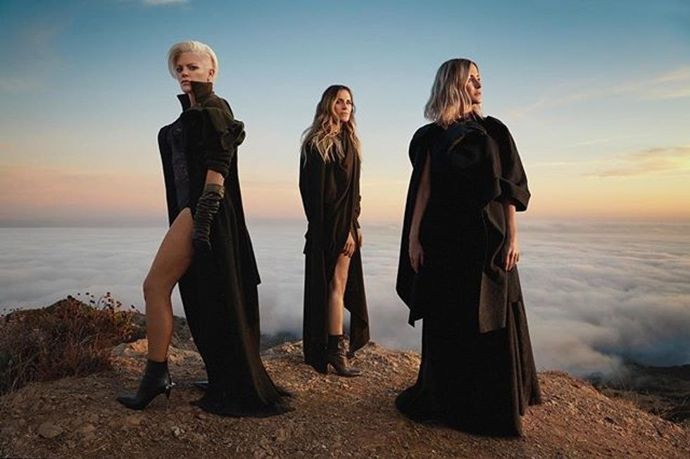 11 Lyrics From The Chicks' New 'Gaslighter' Album That'll Empower You Post-Breakup