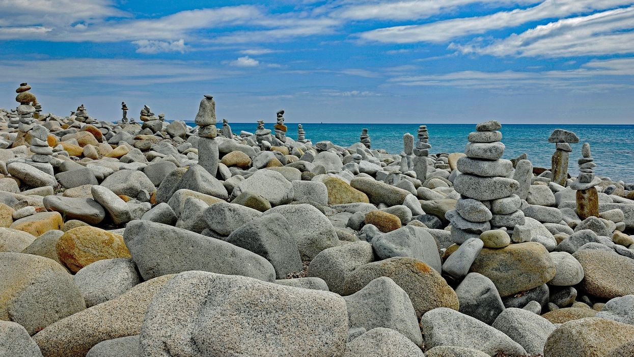 Stone stacking destroys the environment for clicks and likes