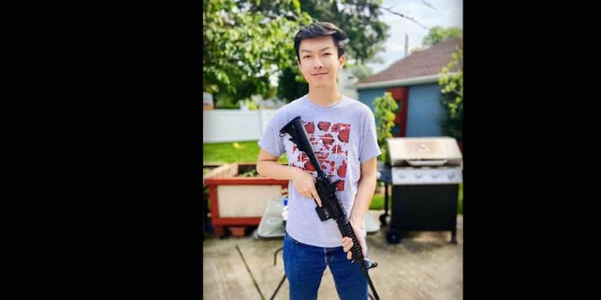 Elite College Bans Student From Campus Over Ar 15 Photo Demands Apology But He Isn T Backing Down Patriot Gun News
