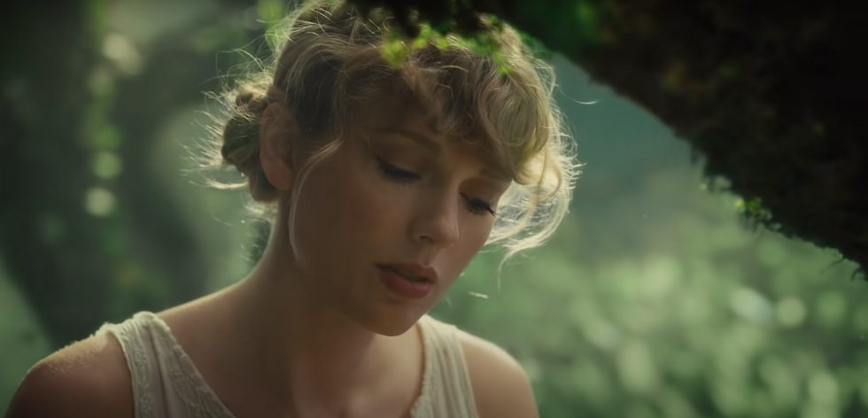 26 Lyrics On Taylor Swift's New Album That'll Have You Reminiscing About Your Past Lovers