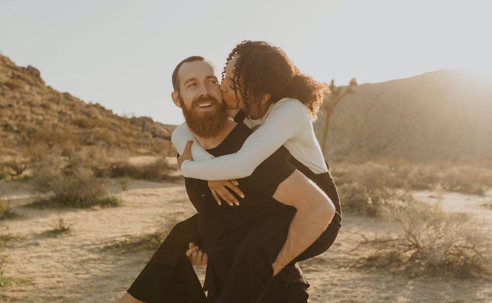 16 Ways To Show Affection That I Took For Granted Pre-Quarantine And Wish I Could Embrace Now