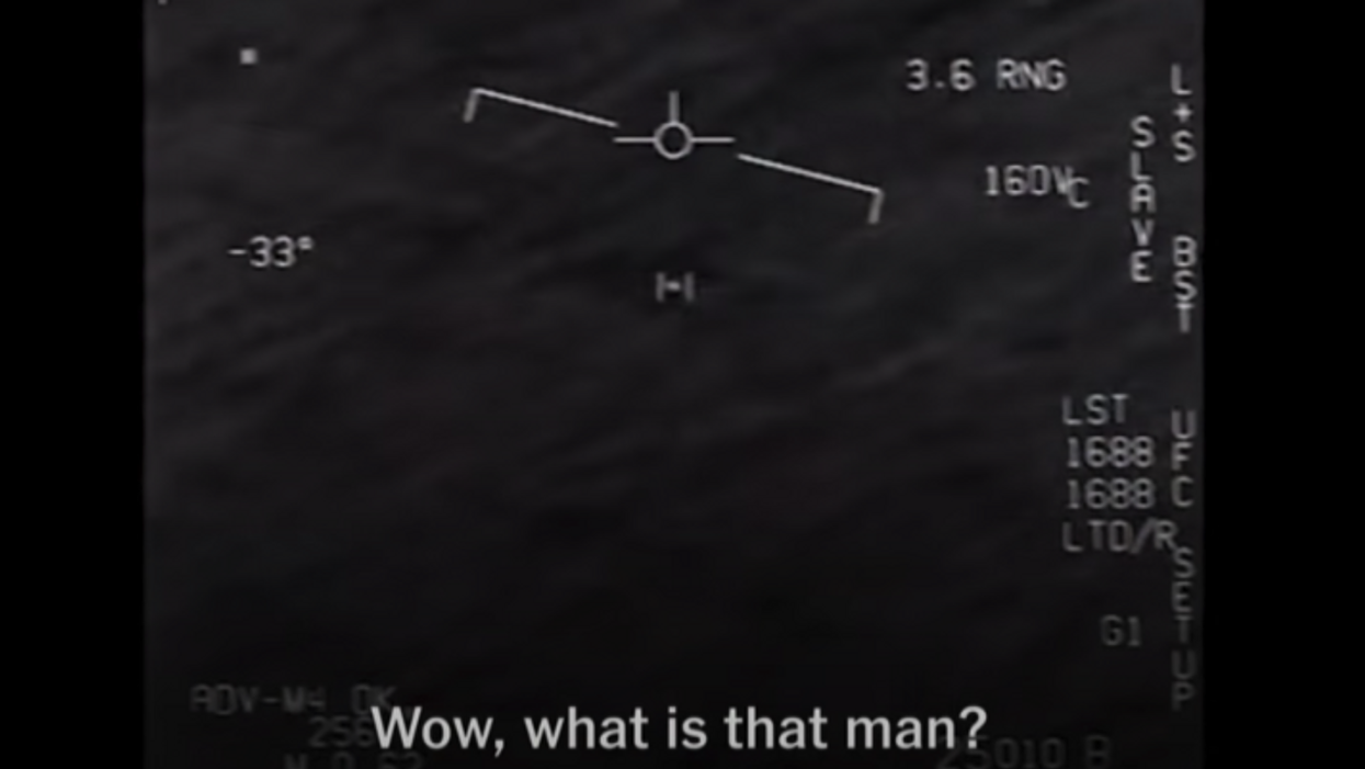 screenshot from Navy pilot UFO video