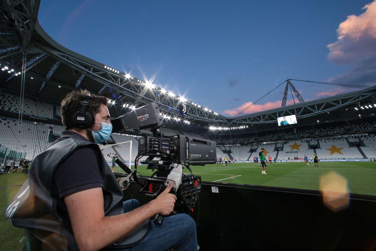 Ci sono sei pretendenti per i diritti tv e subito creano il derby nella Serie A