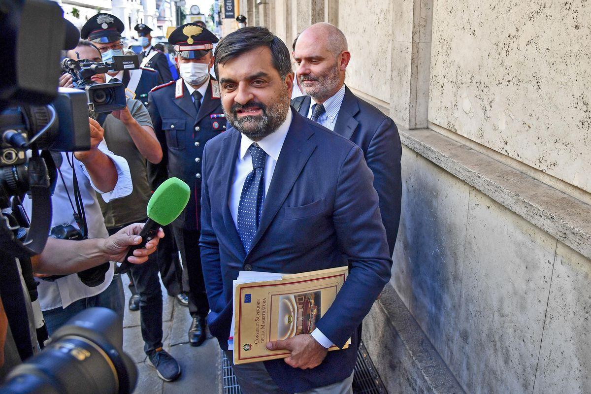 Online i messaggi con la giudice Sangiovanni