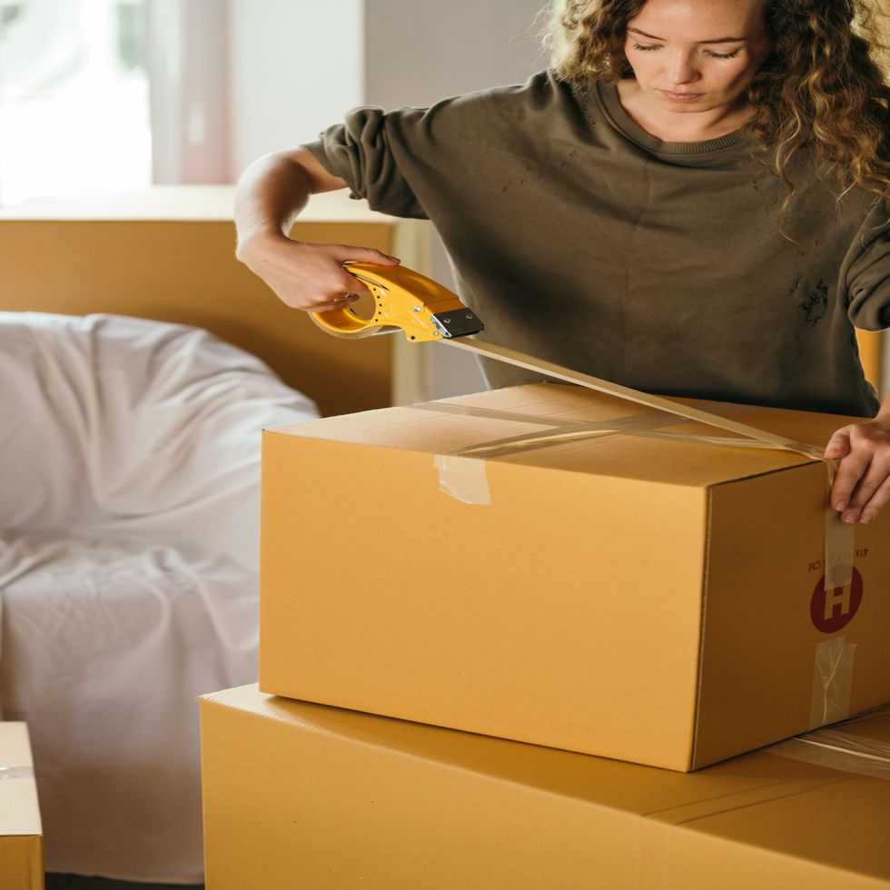 7 Things I Learned From Moving Out Of My First Rental Apartment.