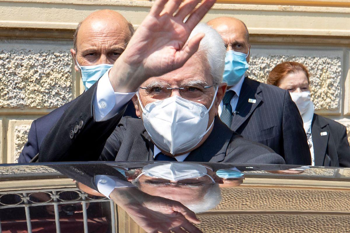 Mattarella tuona solo contro Salvini