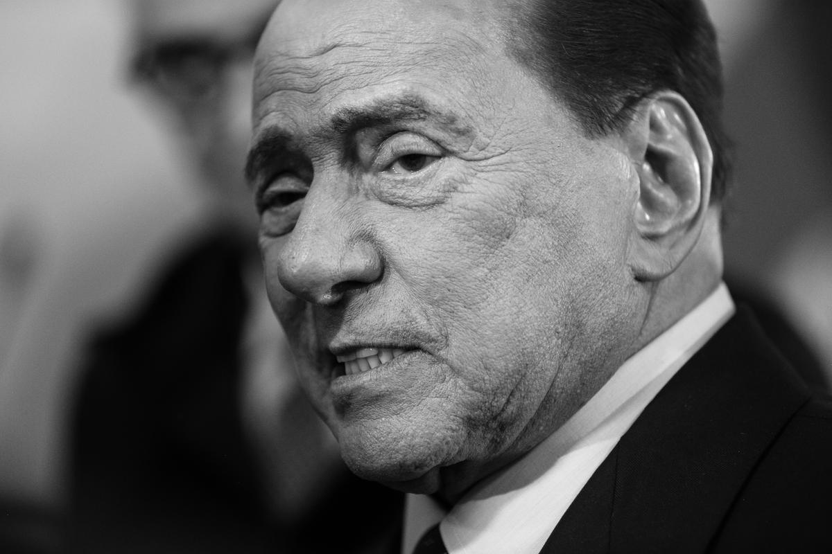 Berlusconi: «Il governo di unità nazionale è impossibile»