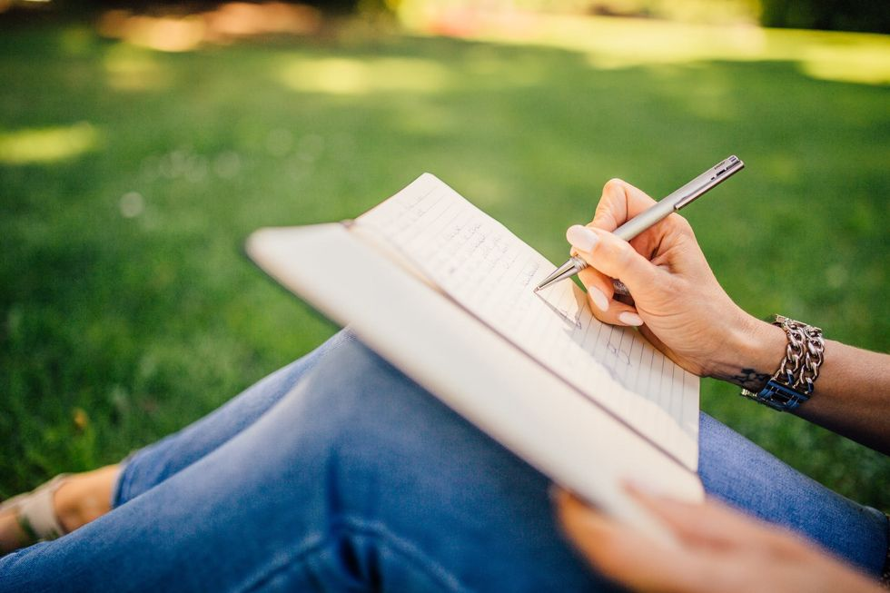 30 day self-discovery journaling challenge