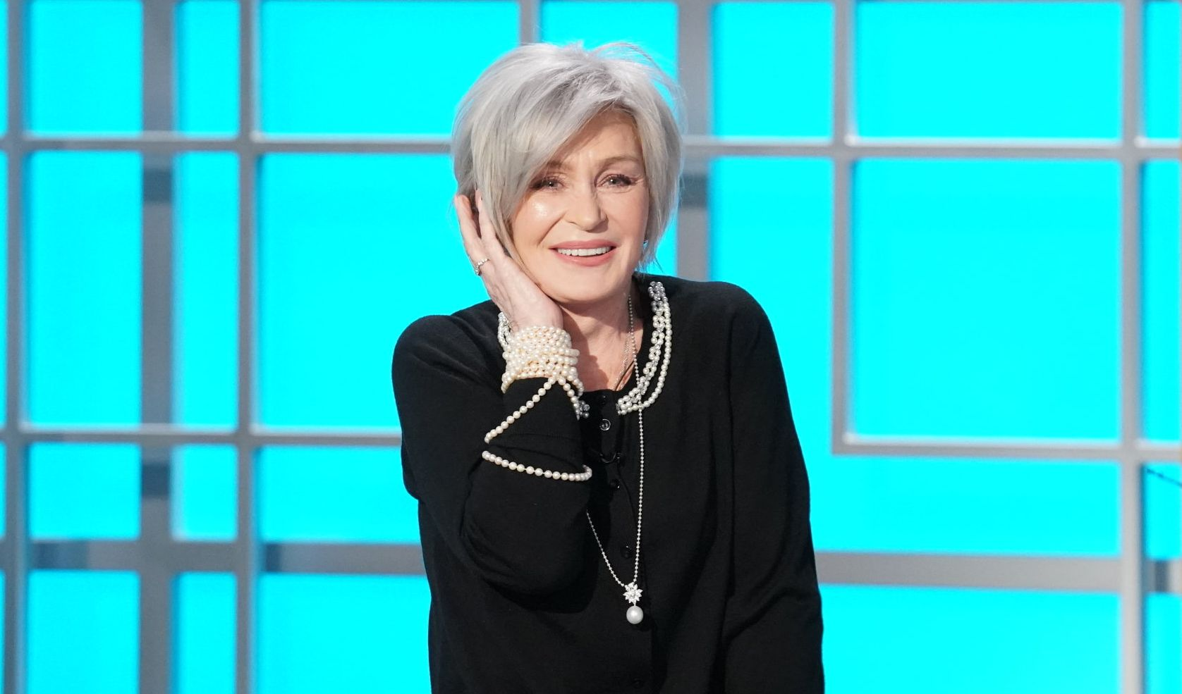 Sharon Osbourne holding on to her new silver hairstyle