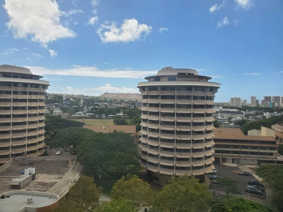 12 Organization And Decor Tips For Dorming Students At The University of Hawai'i Mānoa