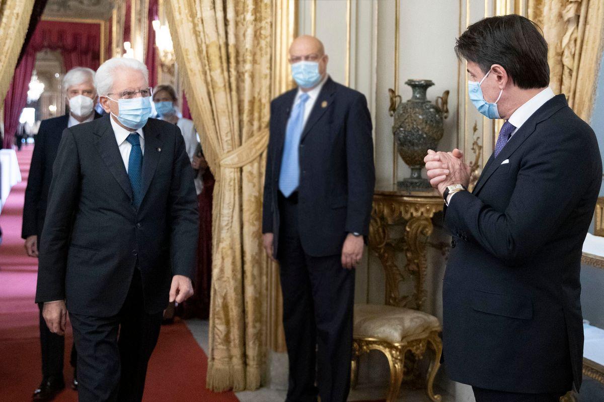 E adesso anche Mattarella è stufo di Giuseppi