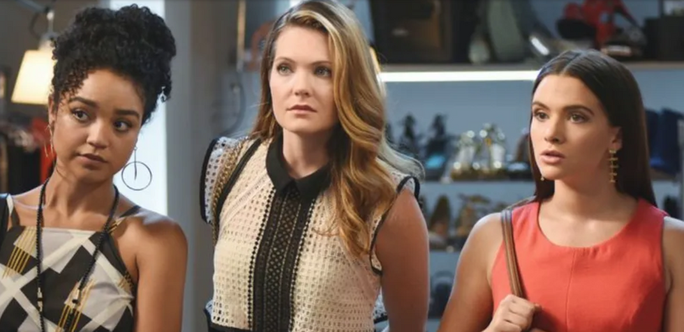5 Reasons You NEED To Start 'The Bold Type' On Hulu If You Haven't Watched It Yet