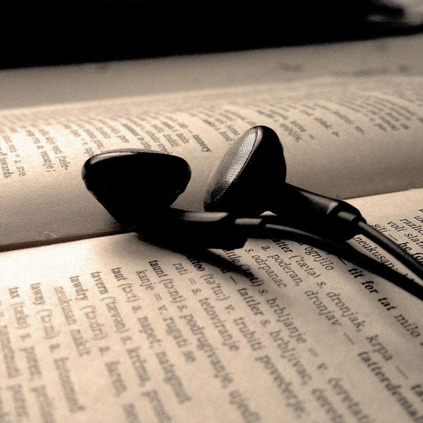 The 8 Best Books for Rock Music Lovers, Written by Women