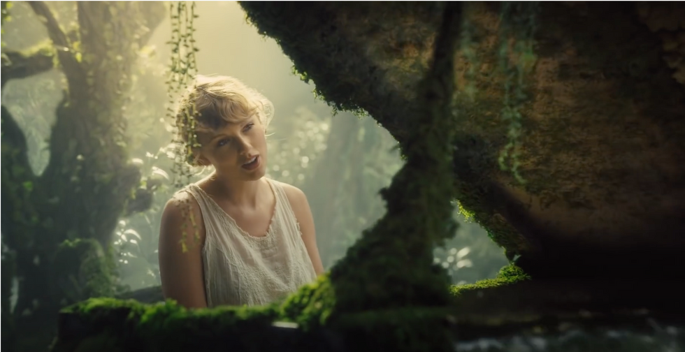 A Definite Ranking Of Each Song On Taylor Swift's Album 'Folklore'