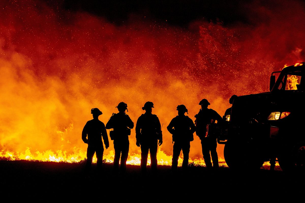 California Makes it Easier for Ex-Inmate Firefighters to Turn Pro