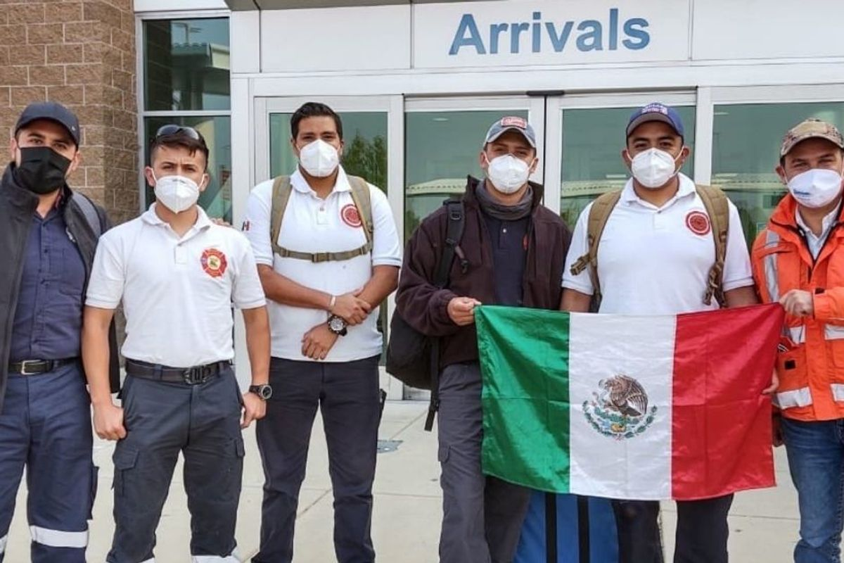 A 'sister city' in Mexico has sent volunteer firefighters to help with Oregon blazes