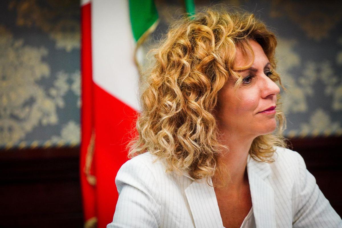 Barbara Lezzi: «È doveroso correre da soli. Al M5s non servono alleanze»
