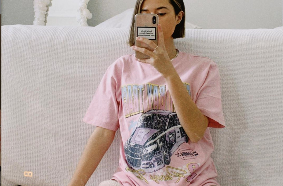 These 10 Oversized Graphic Tees Are JUST As Cute As Urban Outfitters — And They're All Under $30