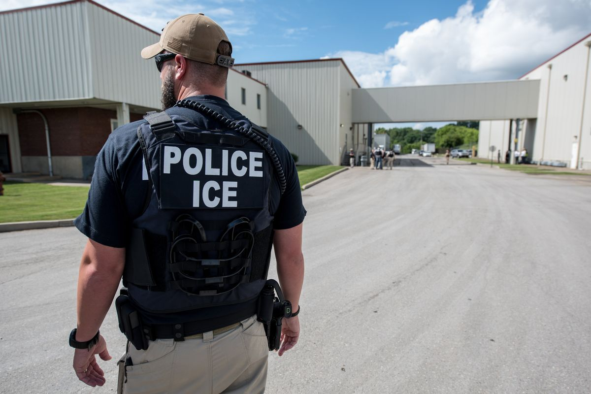 Whistleblower Alleges High Rate of Hysterectomies at ICE Detention Center