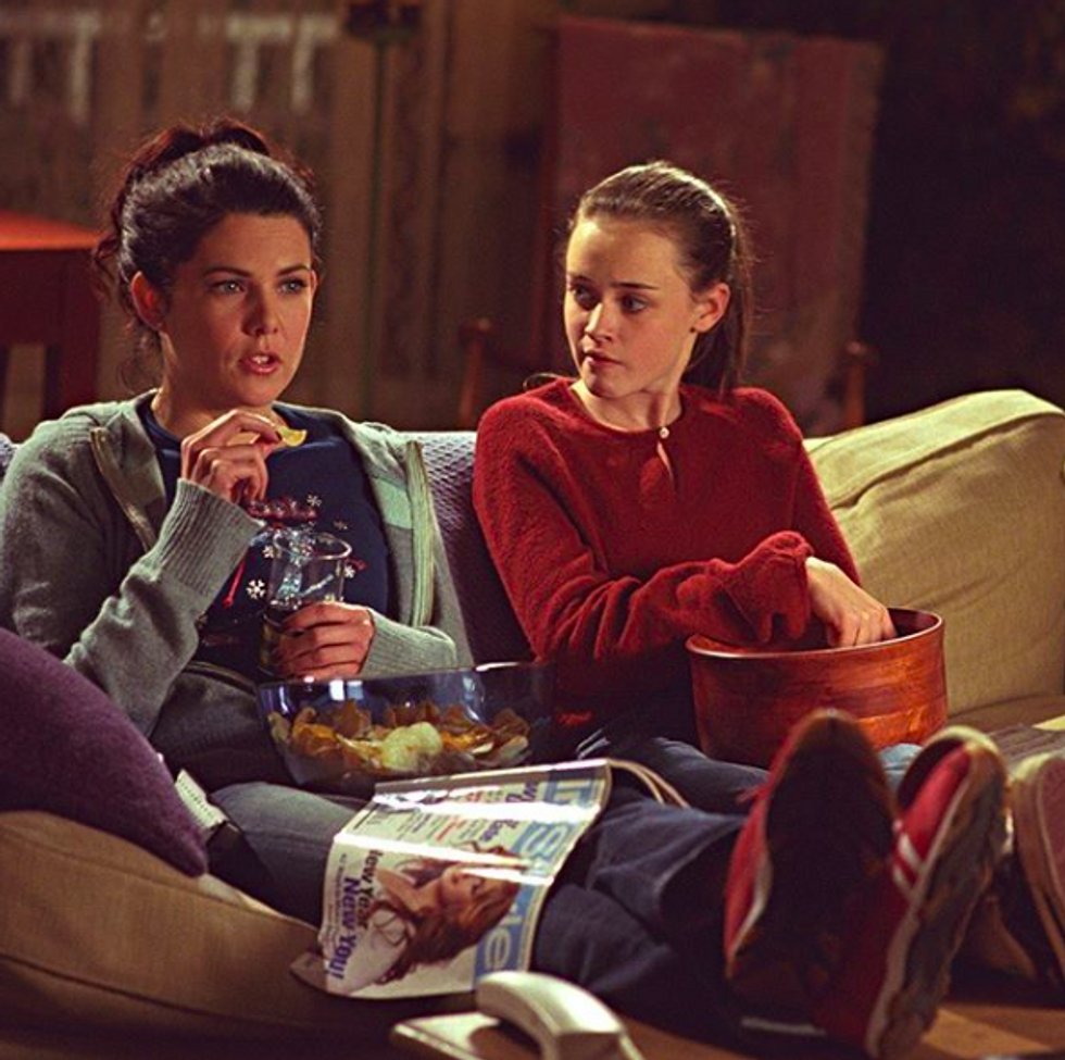 28 Unanswered Questions I Have About 'Gilmore Girls' 20 Years Later After It First Aired