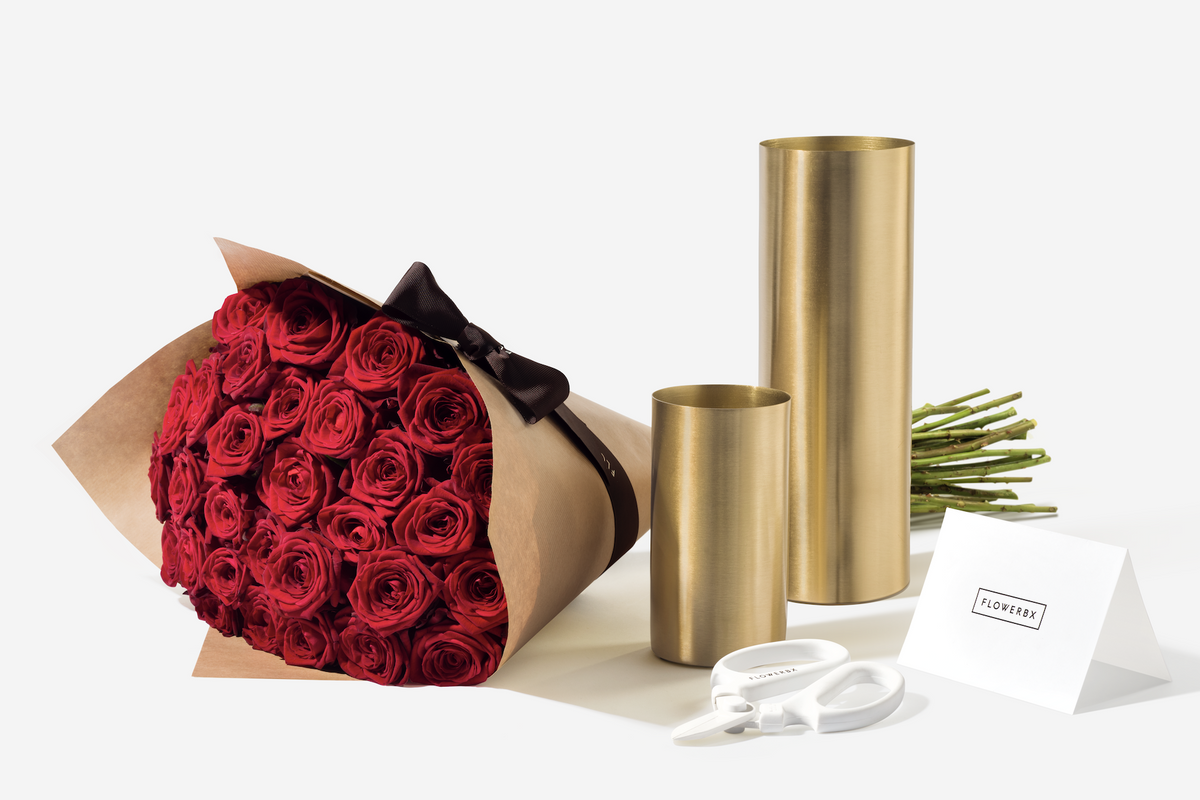Get Ready to See Fashion's Go-To Flower Service Everywhere