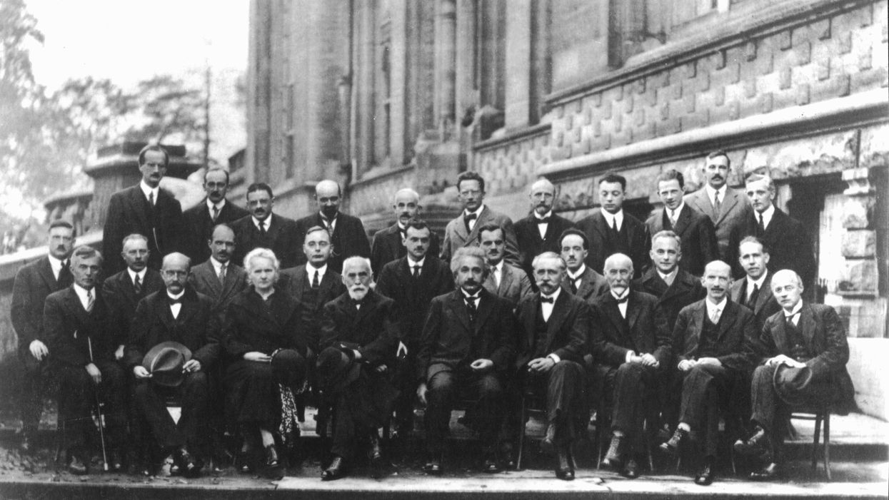 Landau Genius Scale ranking of the smartest physicists ever