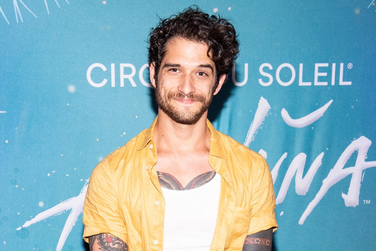 Tyler Posey Joins OnlyFans With a Nude Guitar Serenade