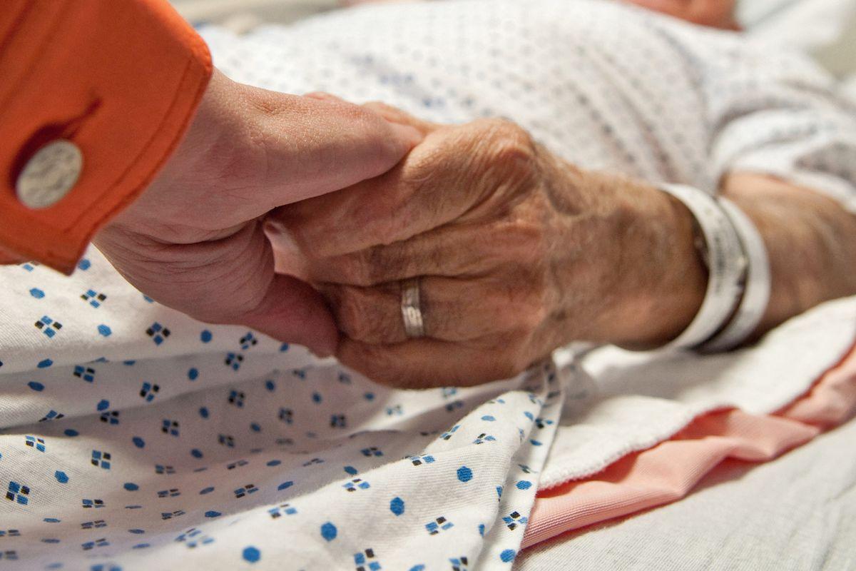 La difesa della vita da eutanasia e aborto è imprescindibile per ogni cristiano
