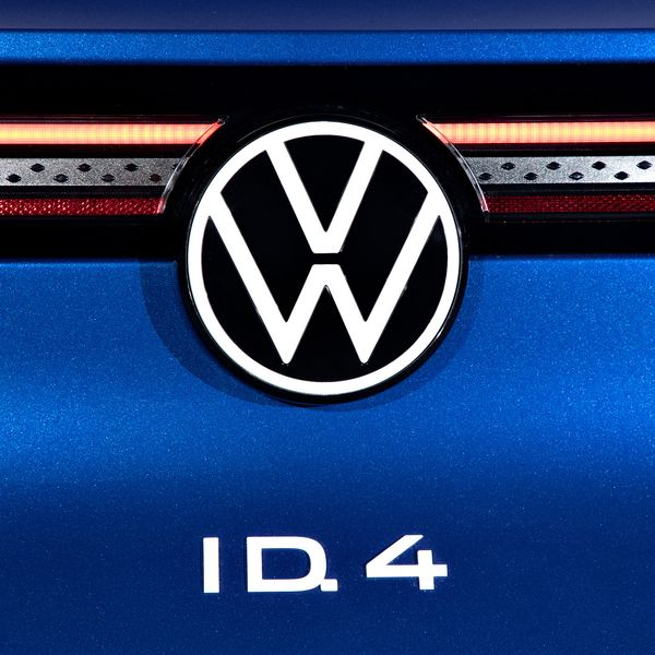 Passat out, ID.4 in for U.S. Volkswagen customers, plant workers