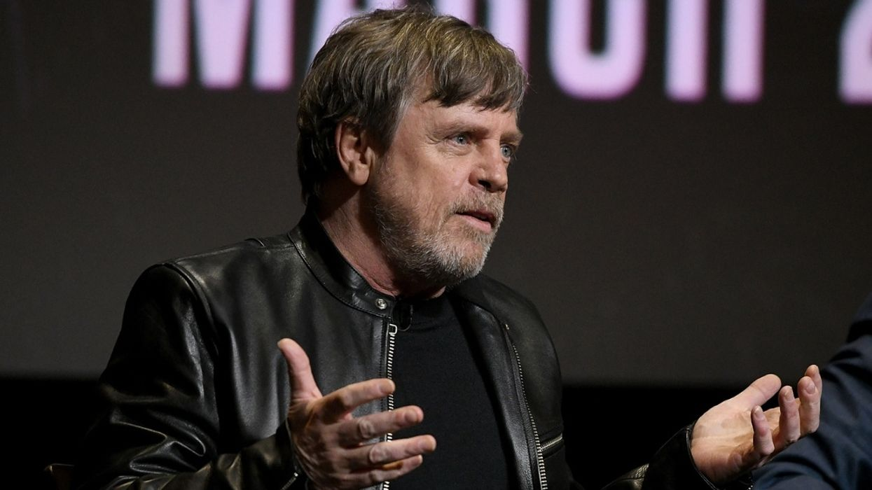 Mark Hamill Joins Celebrities Roasting Presidential Debate For Being Worse Than Their Own Films